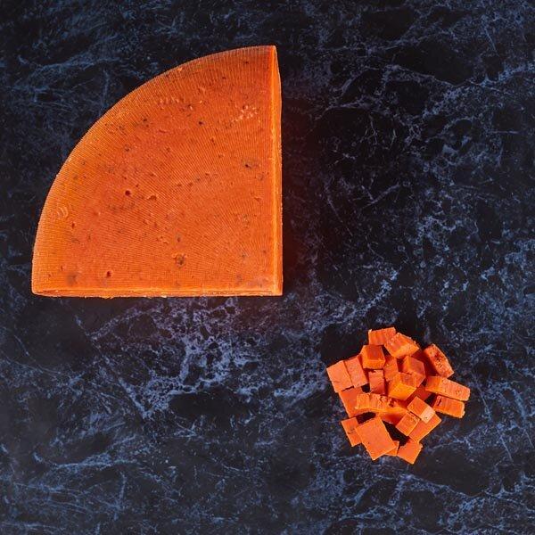 גאודה פסטו אדום - חלב בקר, הולנד